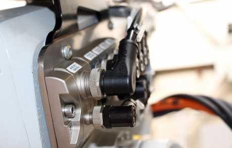 Optymalizacja linii produkcyjnej - koncentrator sygnałów - Balluff Innovating Automation