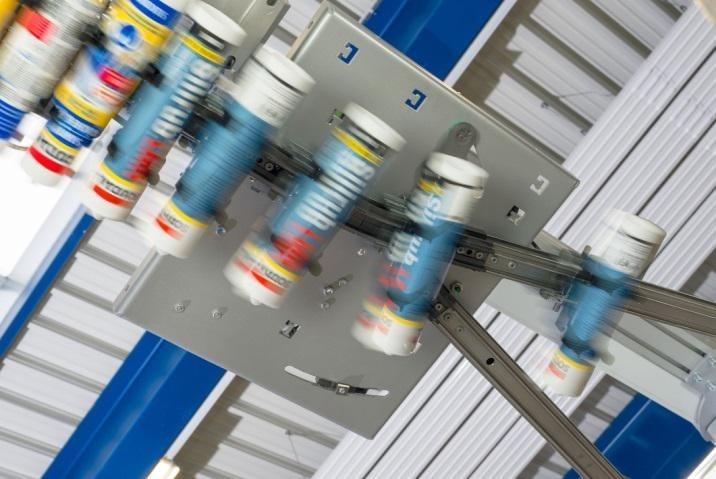 Optymalizacja procesu produkcji dzięki wydajnemu systemowi przenośników Skyfall - Innovating Automation