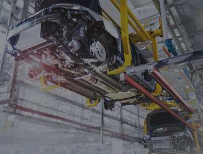 taśma produkcyjna fabryki aut