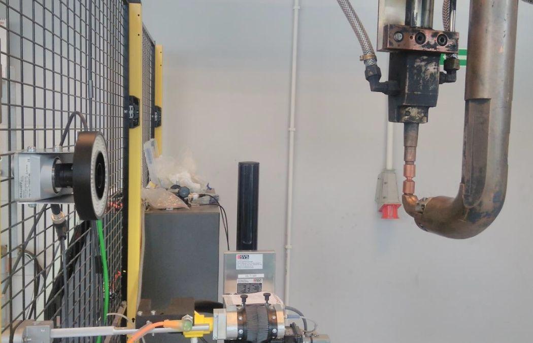 Stanowisko smart camery - czujnik widełkowy